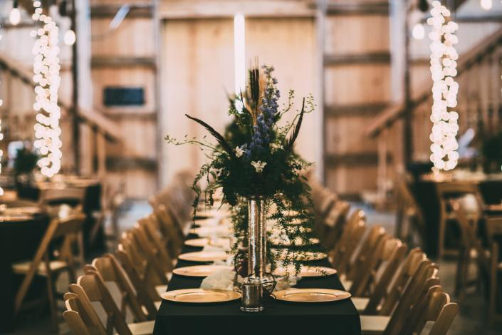 Customize your table center pieces to make the them of your wedding or special event. Get inspired by this rustic charm wedding reception. ]